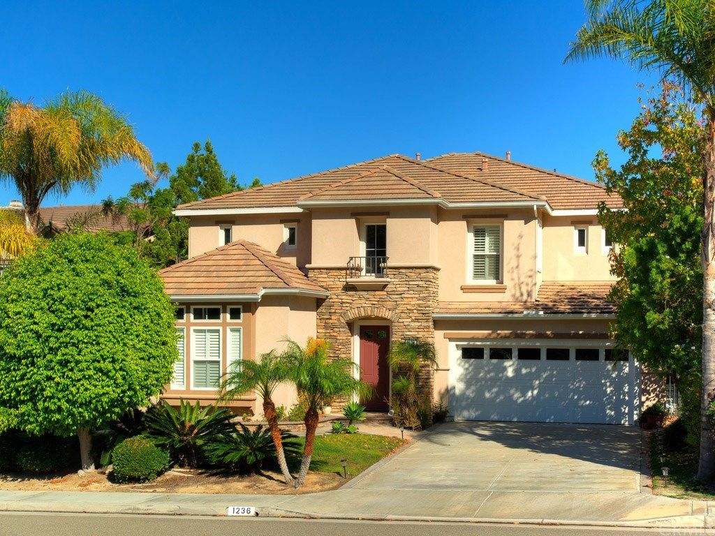1236 S Night Star Way, Anaheim, CA 92808 -  $1,069,000