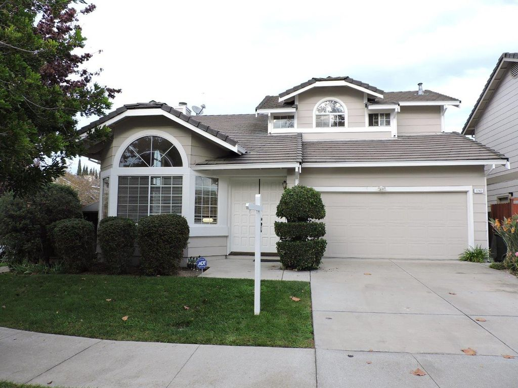 1242 Harefield Dr, San Jose, CA 95131 -  $1,038,000
