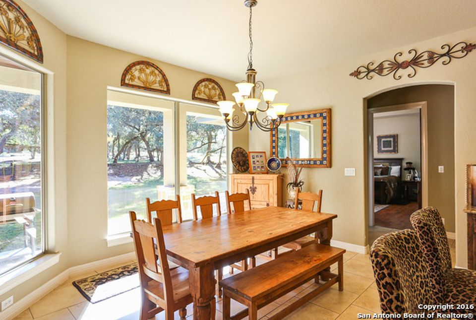 1283 Rodalyn Dr, Boerne, TX 78006 -  $1,050,000 home for sale, house images, photos and pics gallery