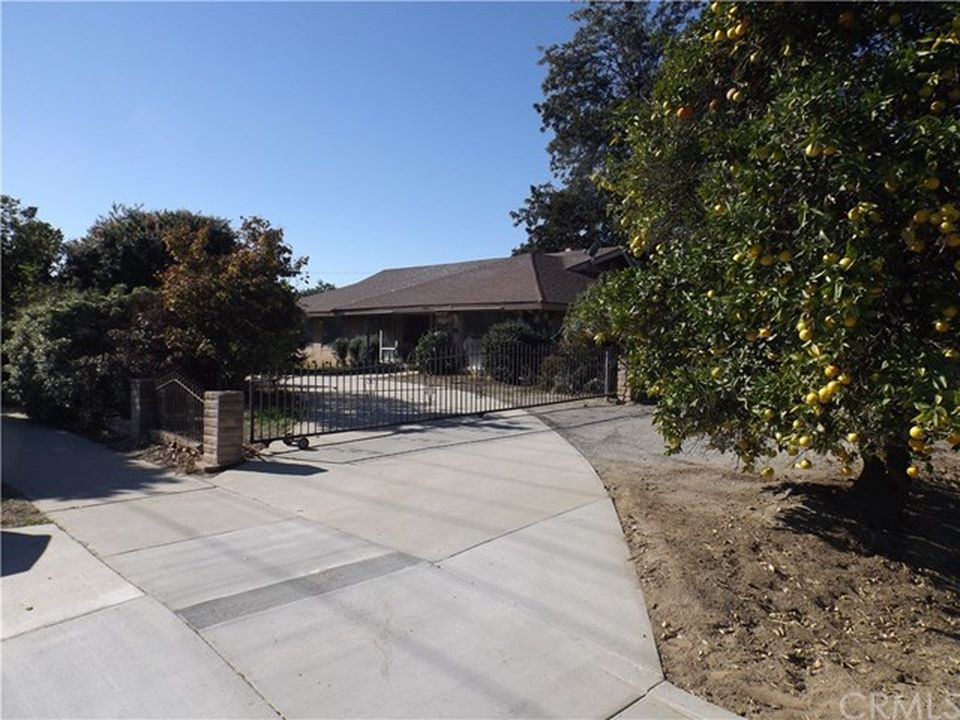 1508 Magnolia Ave, Ontario, CA 91762 -  $1,075,000 home for sale, house images, photos and pics gallery