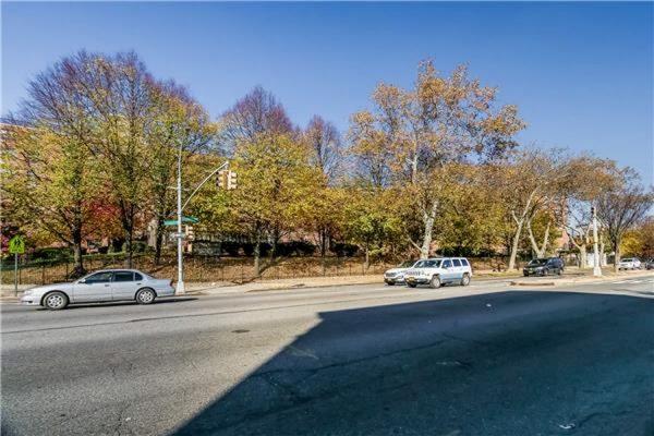 1662 Eastern Pkwy, Brooklyn, NY 11233 -  $1,100,000