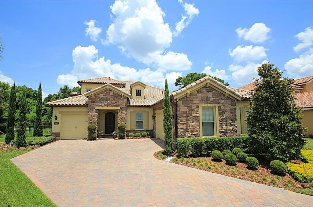 1823 Laurelton Hall Ln, Winter Park, FL 32789 -  $1,025,000