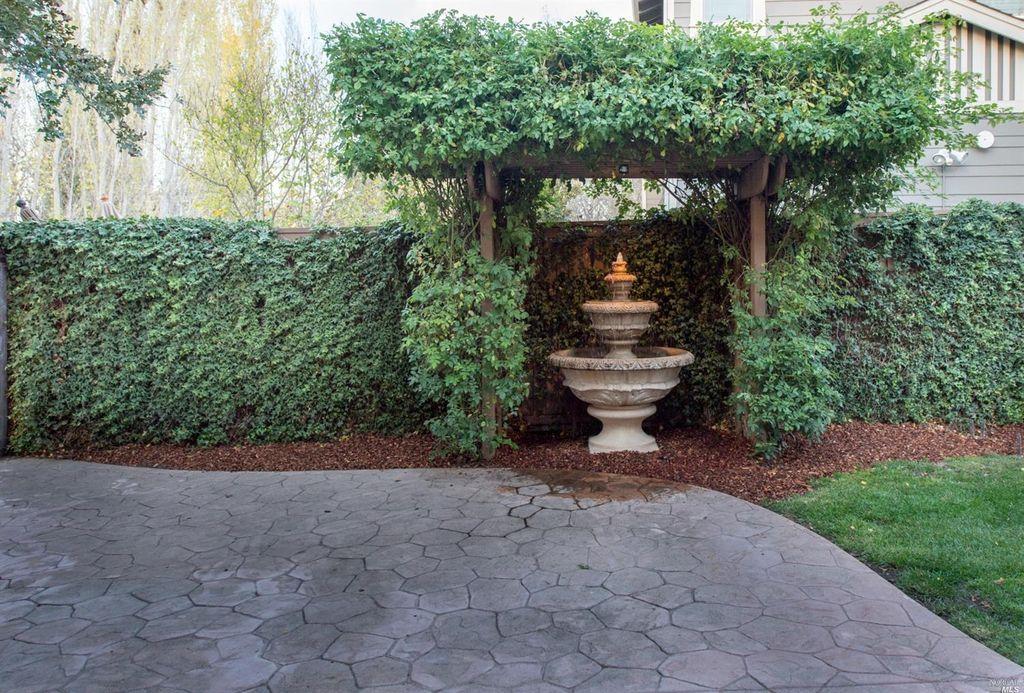 1950 Catenacci Ct, Petaluma, CA 94954 -  $1,100,000 home for sale, house images, photos and pics gallery