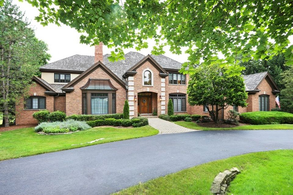 20 Hidden Brook Dr, North Barrington, IL 60010 -  $1,100,000