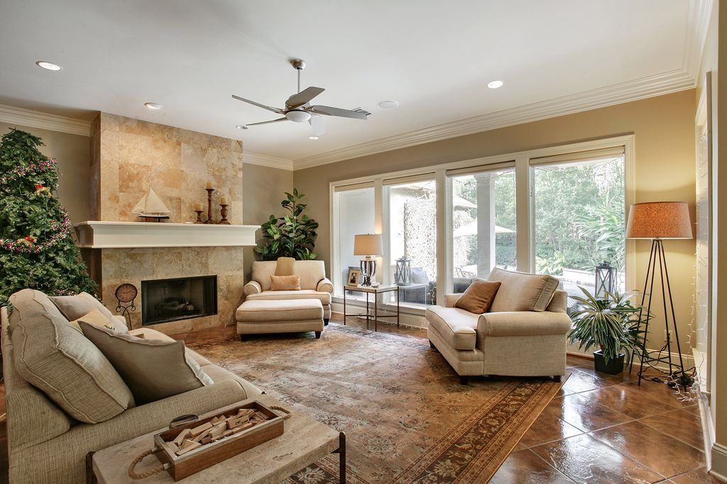 21 Savanah Rdg, Metairie, LA 70001 -  $1,075,000 home for sale, house images, photos and pics gallery