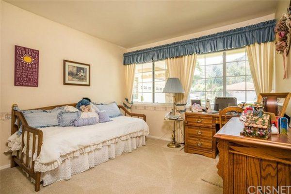 21767 Ulmus Dr, Woodland Hills, CA 91364 -  $1,099,000