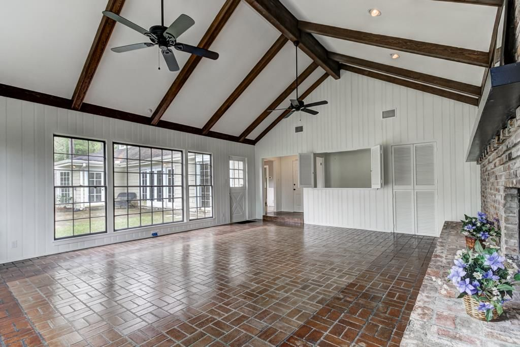 234 Pine Hollow Ln, Houston, TX 77056 -  $1,095,000 home for sale, house images, photos and pics gallery