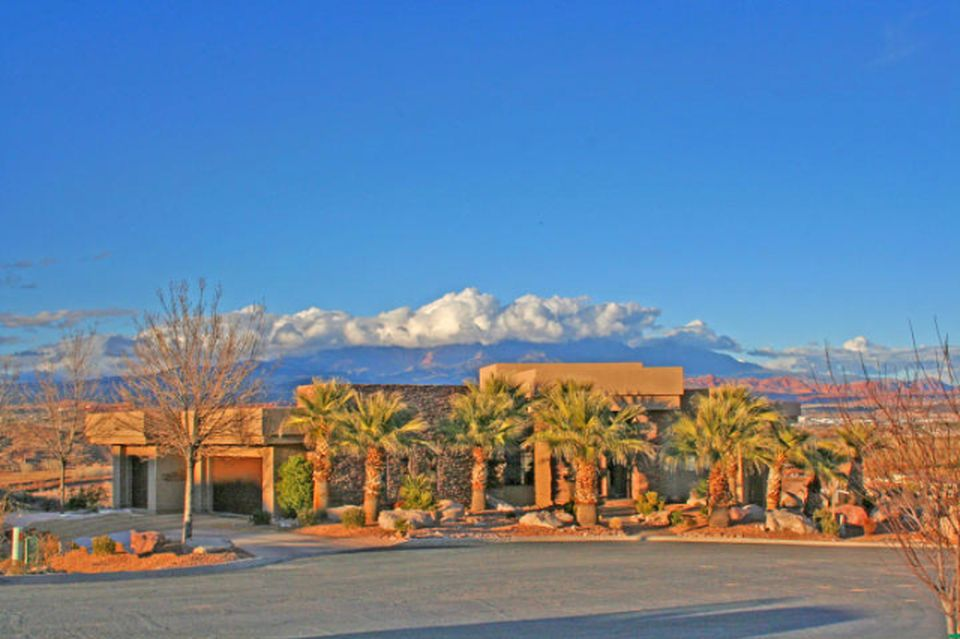 2383 Stone Crest Cir St George Ut 84790 1 090 000 House For Sale Home Images Amp Property Price