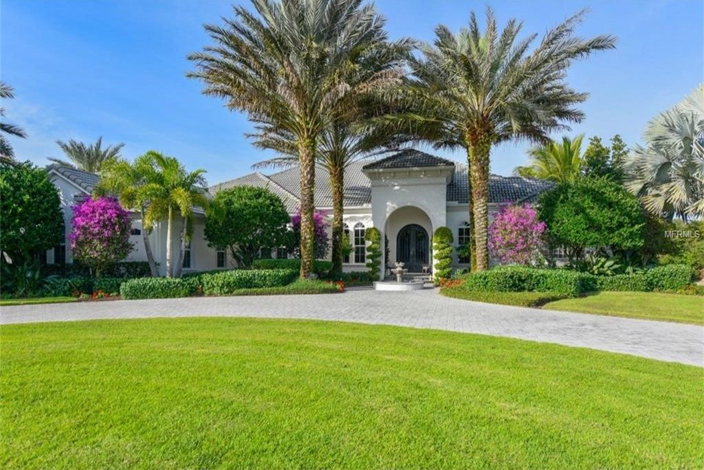 2400 Isle Of Palms Dr, Venice, FL 34292 -  $1,075,000 home for sale, house images, photos and pics gallery