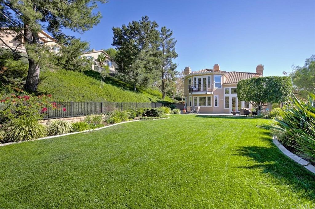25790 Pacific Crest Dr, Mission Viejo, CA 92692 -  $1,075,000 home for sale, house images, photos and pics gallery