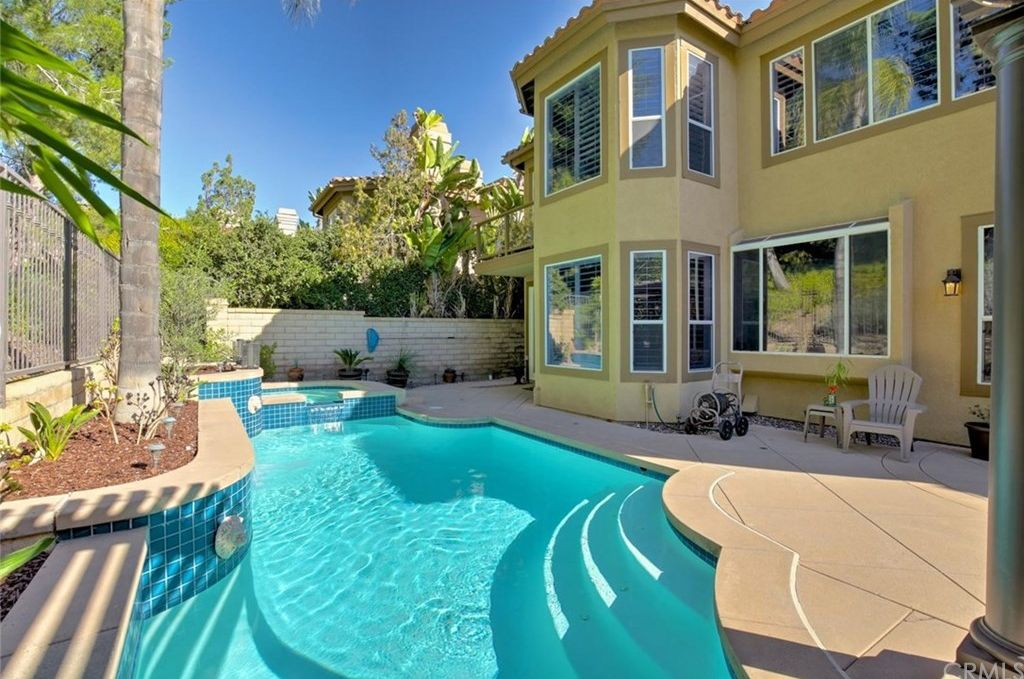 27441 Morro Dr, Mission Viejo, CA 92692 -  $1,025,000 home for sale, house images, photos and pics gallery