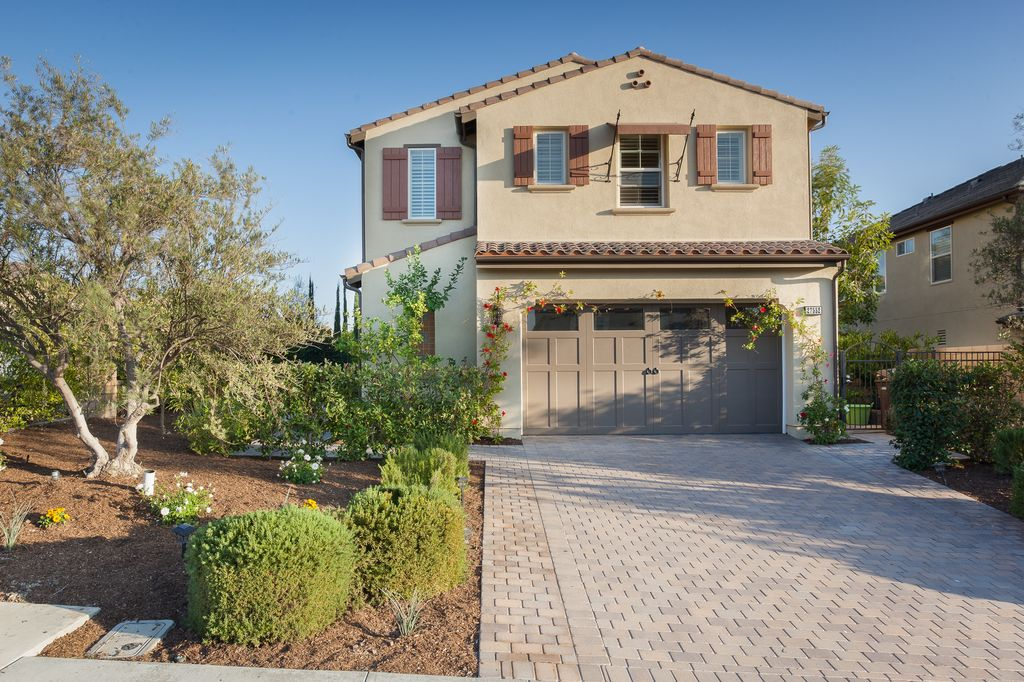 27552 Manor Hill Rd, Laguna Niguel, CA 92677 -  $1,088,000