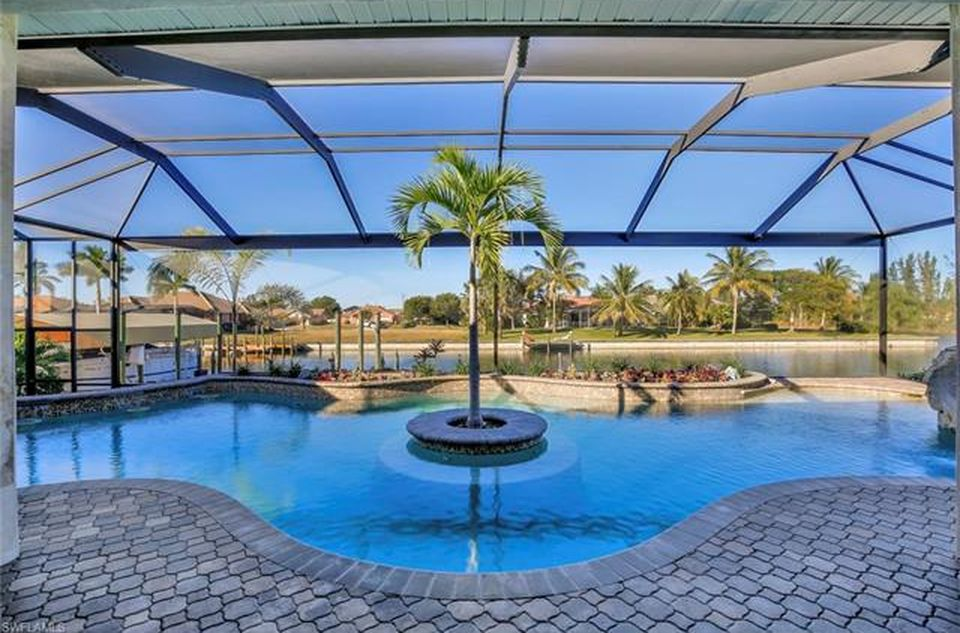 2803 SW 36th Ter, Cape Coral, FL 33914 -  $1,199,000 home for sale, house images, photos and pics gallery