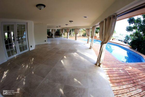 2880 NE 23rd Ct, Pompano Beach, FL 33062 -  $1,200,000