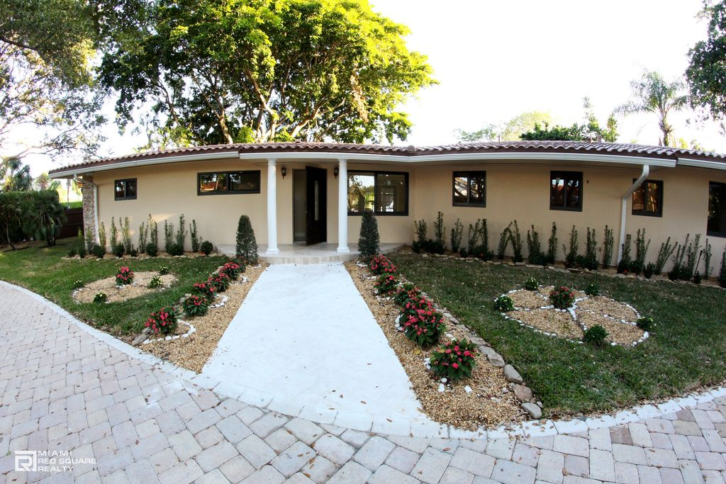 2880 NE 23rd Ct, Pompano Beach, FL 33062 -  $1,200,000 home for sale, house images, photos and pics gallery
