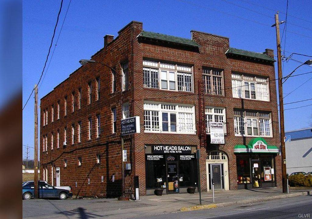 296 Washington St, East Stroudsburg, PA 18301 -  $1,069,900