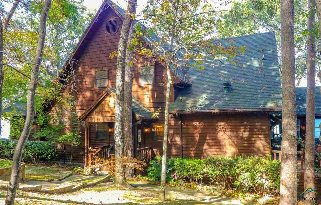 303 Hickory Hill Ln, Scroggins, TX 75480 -  $1,095,000 home for sale, house images, photos and pics gallery