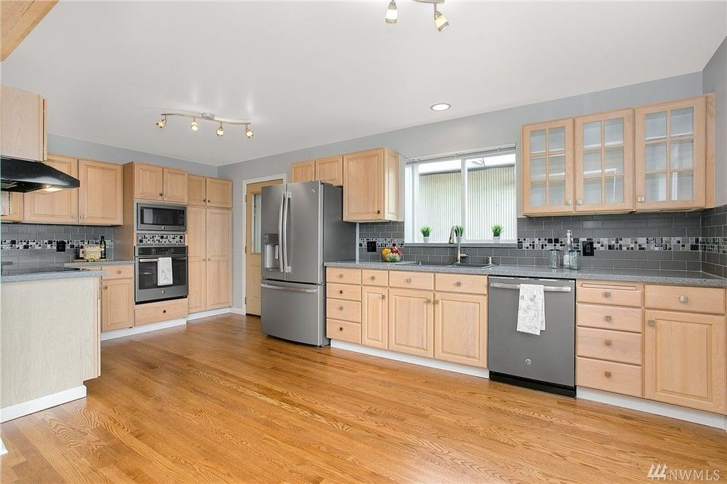3407 11th Ave W, Seattle, WA 98119 -  $1,130,000 home for sale, house images, photos and pics gallery