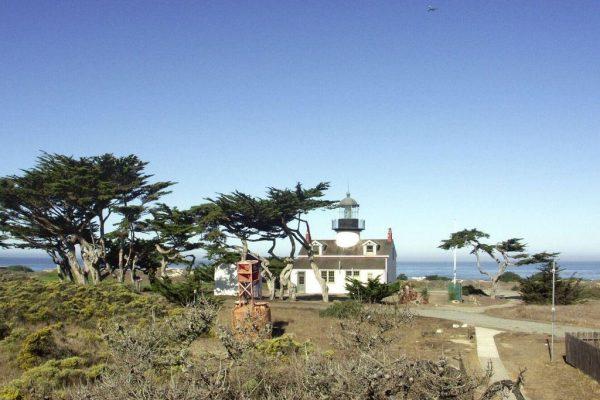 342 Asilomar Blvd, Pacific Grove, CA 93950 -  $1,049,000