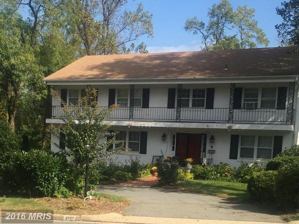3707 Sleepy Hollow Rd, Falls Church, VA 22041 -  $1,035,000