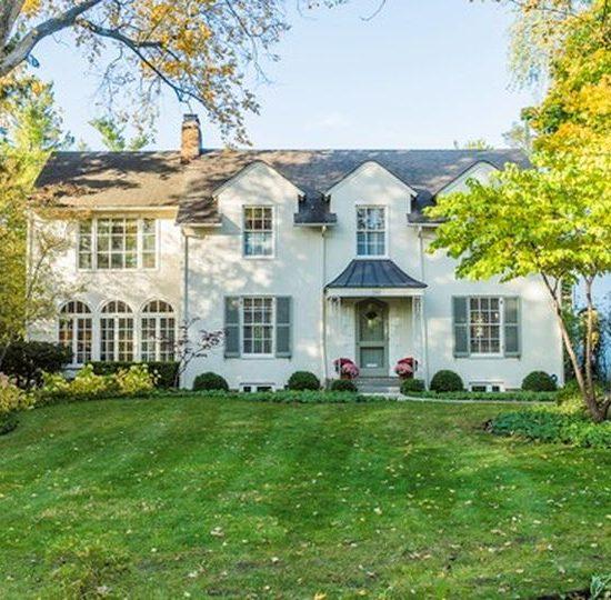 385 Washington Ave, Glencoe, IL 60022 -  $1,075,000