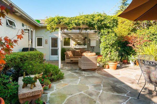 39 Hawthorne Ave, San Anselmo, CA 94960 -  $1,149,000