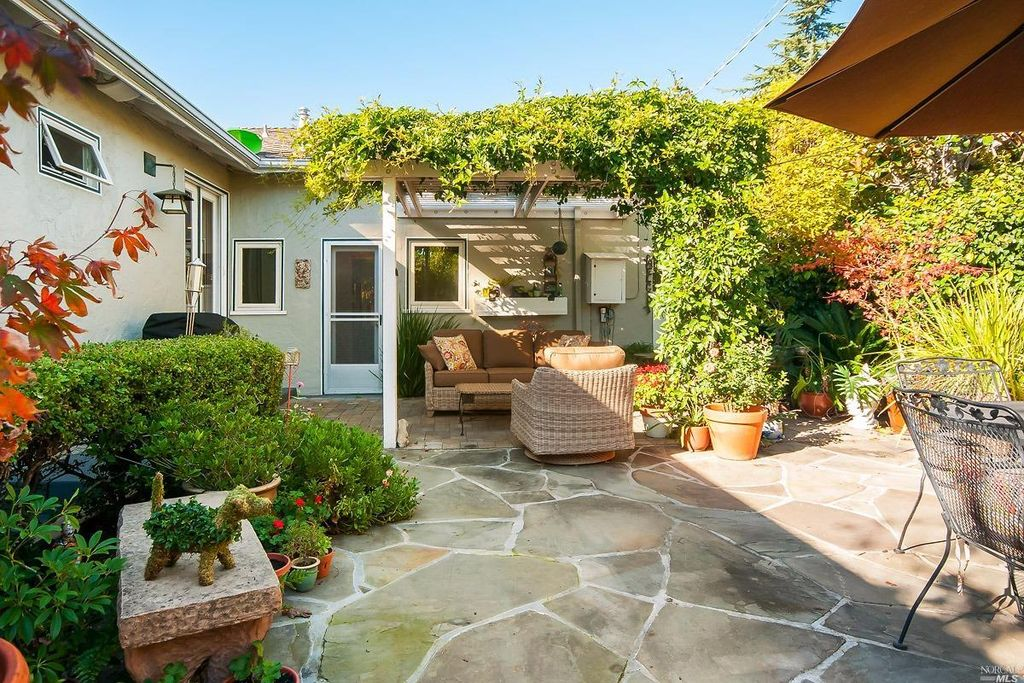39 Hawthorne Ave, San Anselmo, CA 94960 -  $1,149,000 home for sale, house images, photos and pics gallery