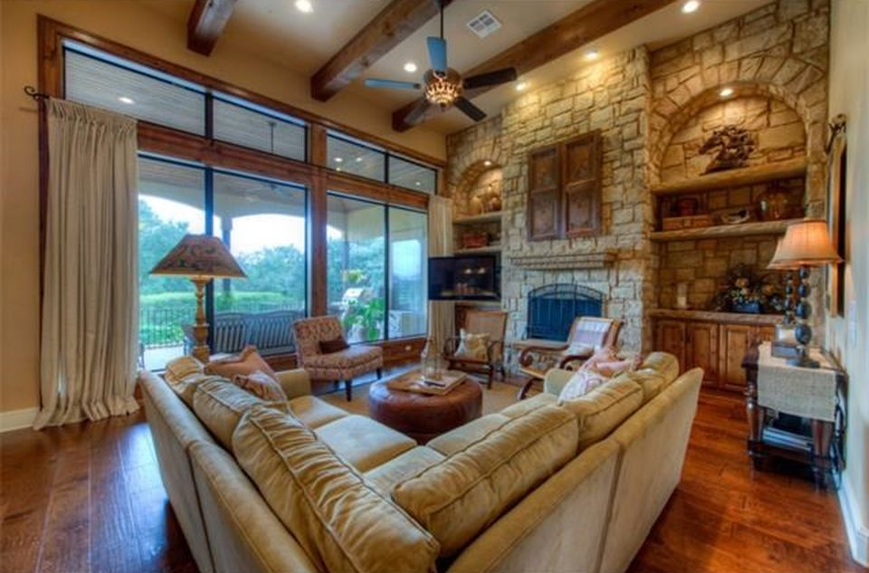 402 Black Wolf Run, Austin, TX 78738 -  $1,099,000 home for sale, house images, photos and pics gallery