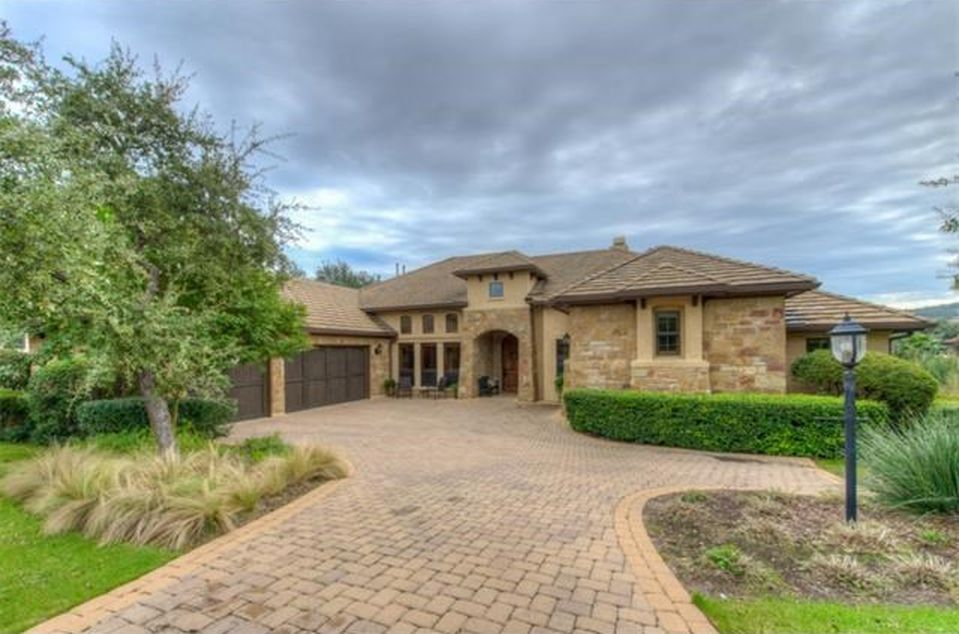 402 Black Wolf Run, Austin, TX 78738 -  $1,099,000