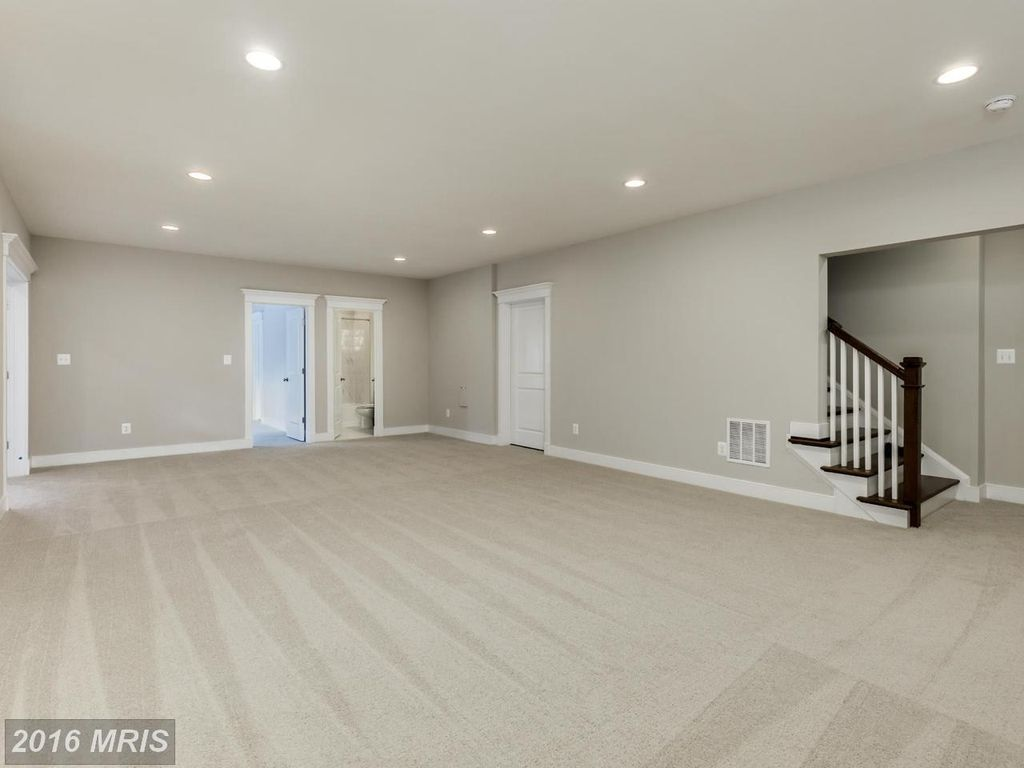 419 Echols St SE, Vienna, VA 22180 -  $1,225,000 home for sale, house images, photos and pics gallery