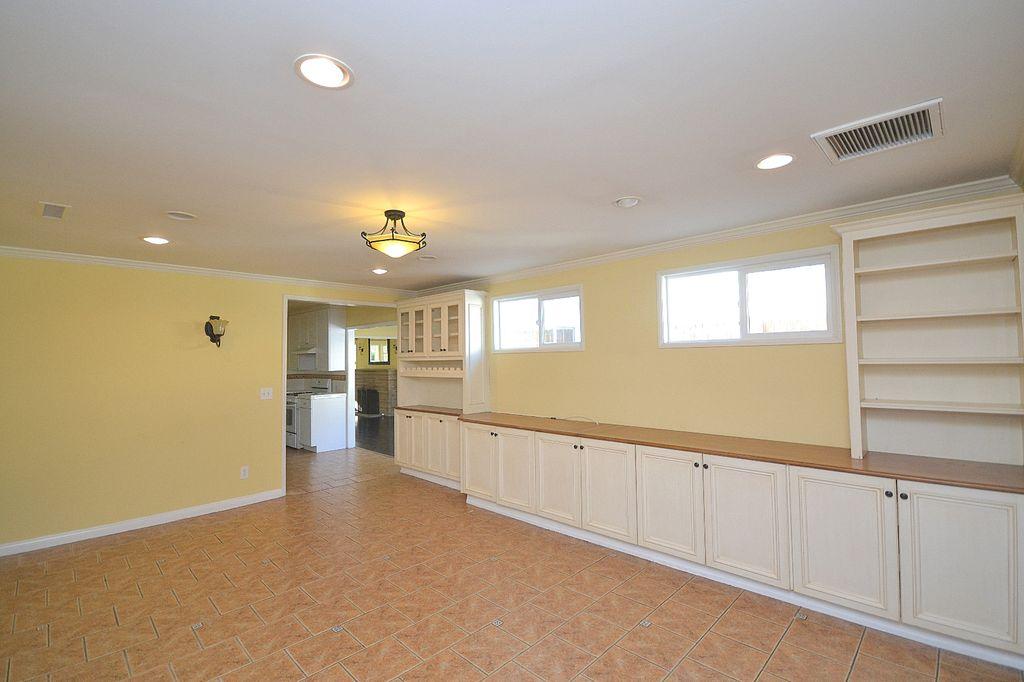 4214 La Tour Way, La Canada Flintridge, CA 91011 -  $1,150,000 home for sale, house images, photos and pics gallery