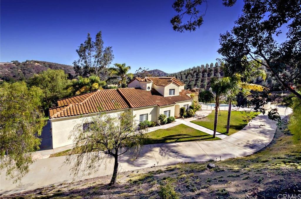 43155 Via Nariz, Temecula, CA 92590 -  $1,085,000 home for sale, house images, photos and pics gallery