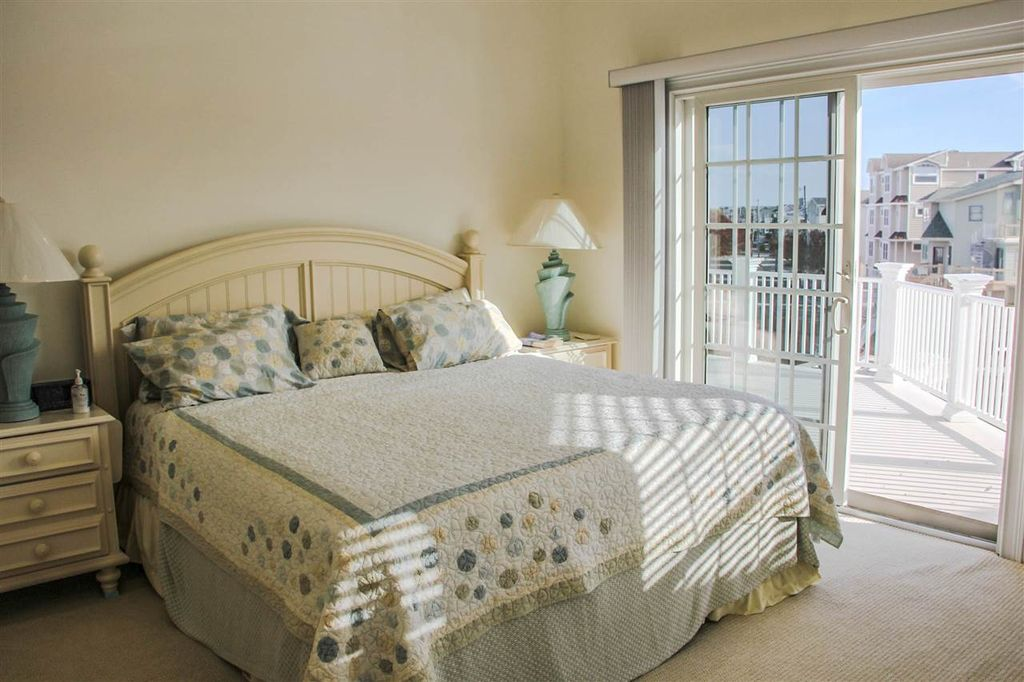 4455 Venicean Rd, Sea Isle City, NJ 08243 -  $1,150,000 home for sale, house images, photos and pics gallery