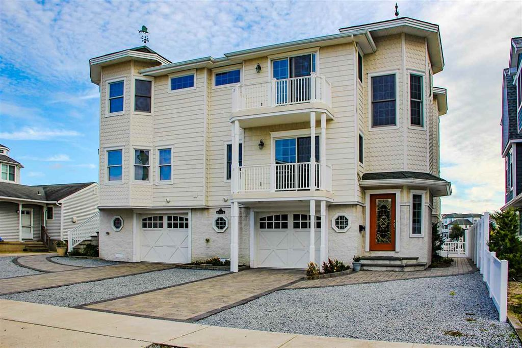 4455 Venicean Rd, Sea Isle City, NJ 08243 -  $1,150,000
