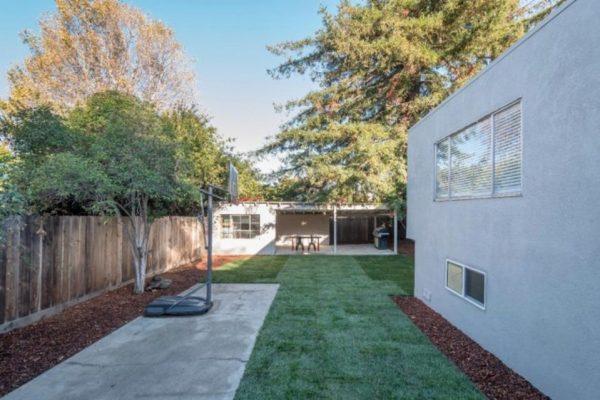 450 26th Ave, San Mateo, CA 94403 -  $1,100,000