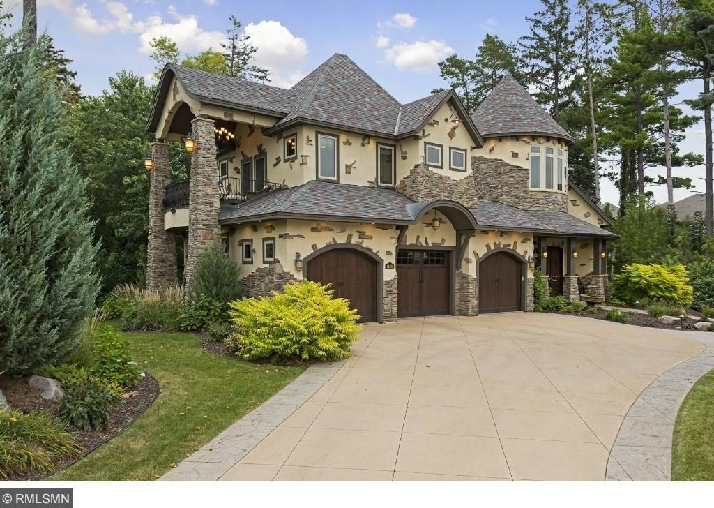 4620 Palmer Ct, Excelsior, MN 55331 -  $1,099,000 home for sale, house images, photos and pics gallery