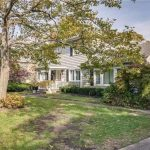 565 Kenridge Rd, Lawrence, NY 11559 -  $1,299,000