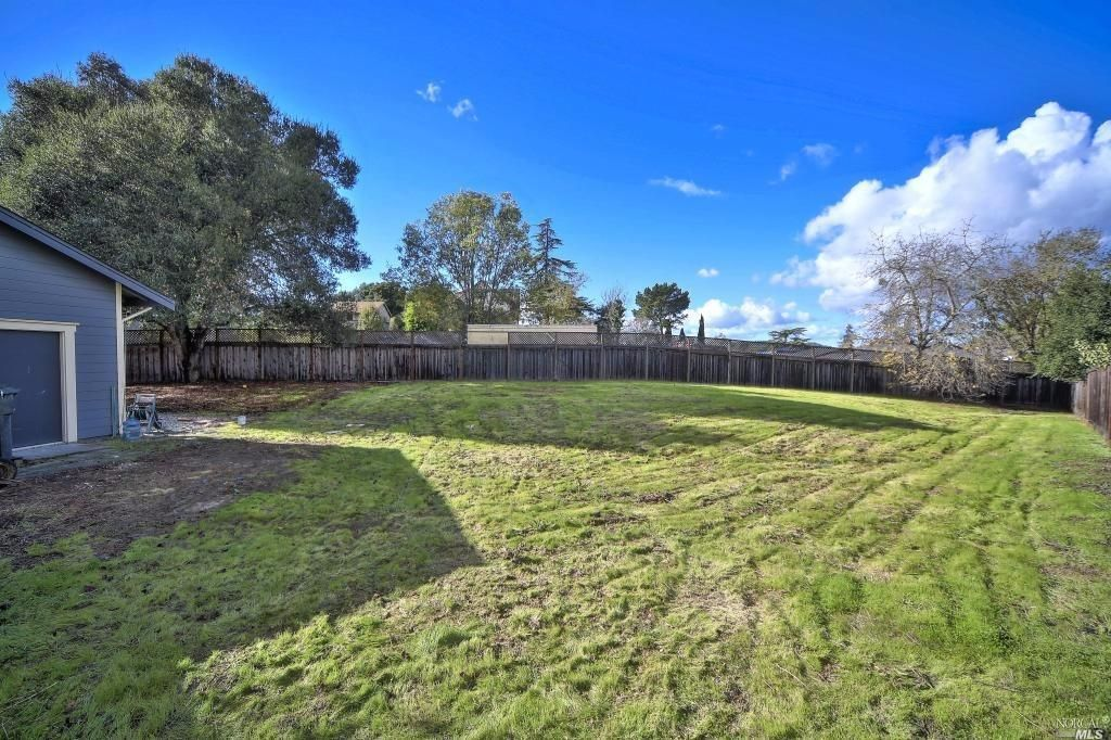 5683 Queen Anne Dr, Santa Rosa, CA 95409 -  $1,035,000 home for sale, house images, photos and pics gallery