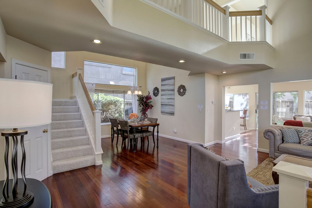 574 Calistoga Cir, Fremont, CA 94536 -  $1,068,888 home for sale, house images, photos and pics gallery