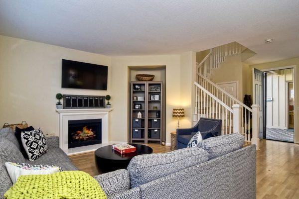 606 Seaward Ave, Carlsbad, CA 92011 -  $1,089,000