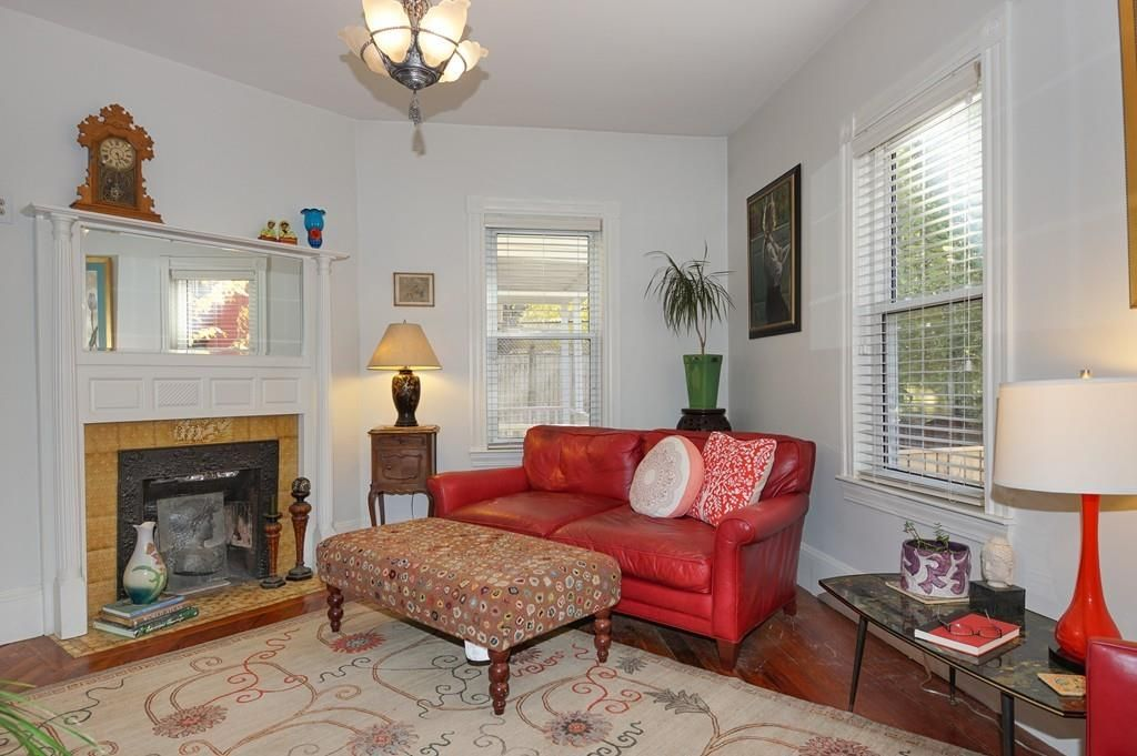 61 Hancock St, Somerville, MA 02144 -  $1,050,000 home for sale, house images, photos and pics gallery