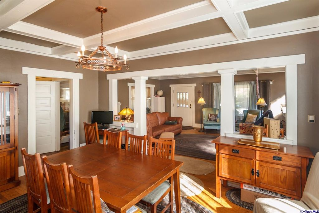 619 S Oakland Ave, Pasadena, CA 91106 -  $1,098,000 home for sale, house images, photos and pics gallery
