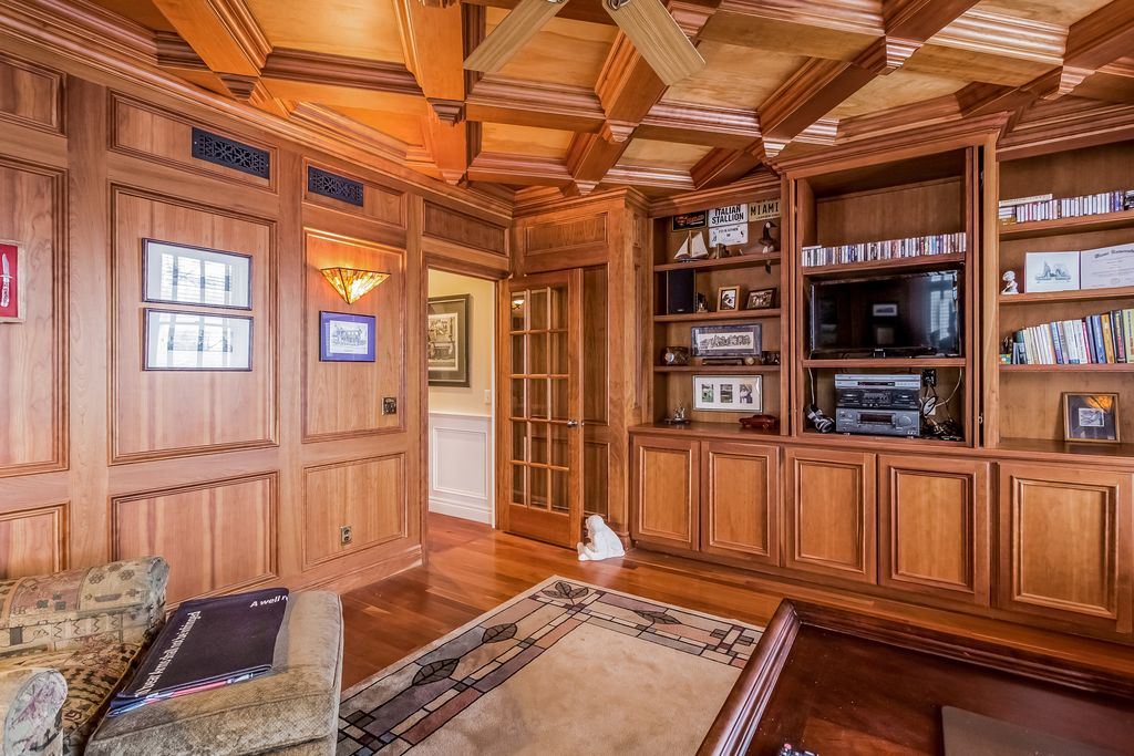 6550 Alden Dr, West Bloomfield, MI 48324 -  $1,090,000 home for sale, house images, photos and pics gallery