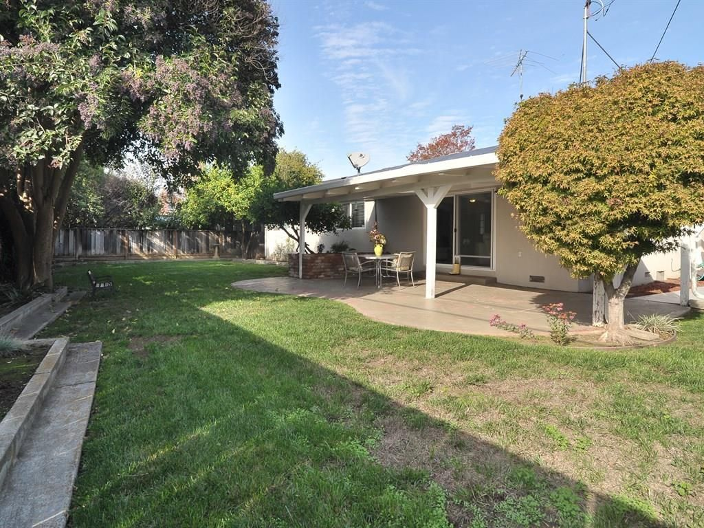 710 S Henry Ave, San Jose, CA 95117 -  $1,048,000 home for sale, house images, photos and pics gallery