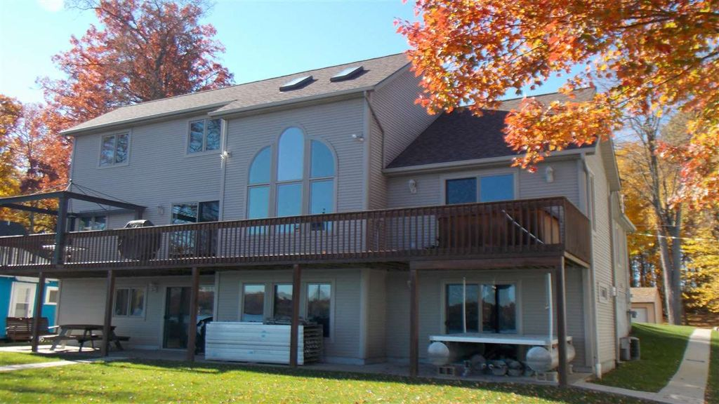 7364 Walnut Hill Rd, Manitou Beach, MI 49253 -  $1,050,000 home for sale, house images, photos and pics gallery