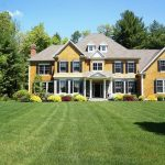8 Banbury Cres, Farmington, CT 06032 -  $1,049,900