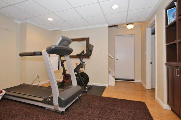 8 Gallowae, Westfield, NJ 07090 -  $1,039,000