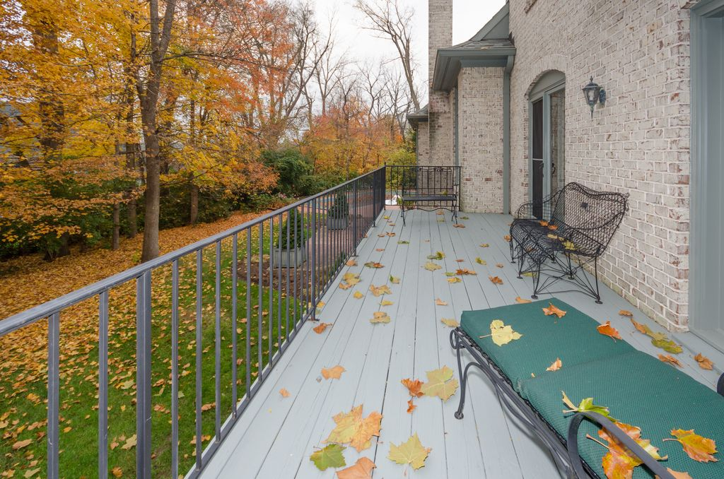 8072 Hollybrook Ct, Indianapolis, IN 46250 -  $1,069,900 home for sale, house images, photos and pics gallery