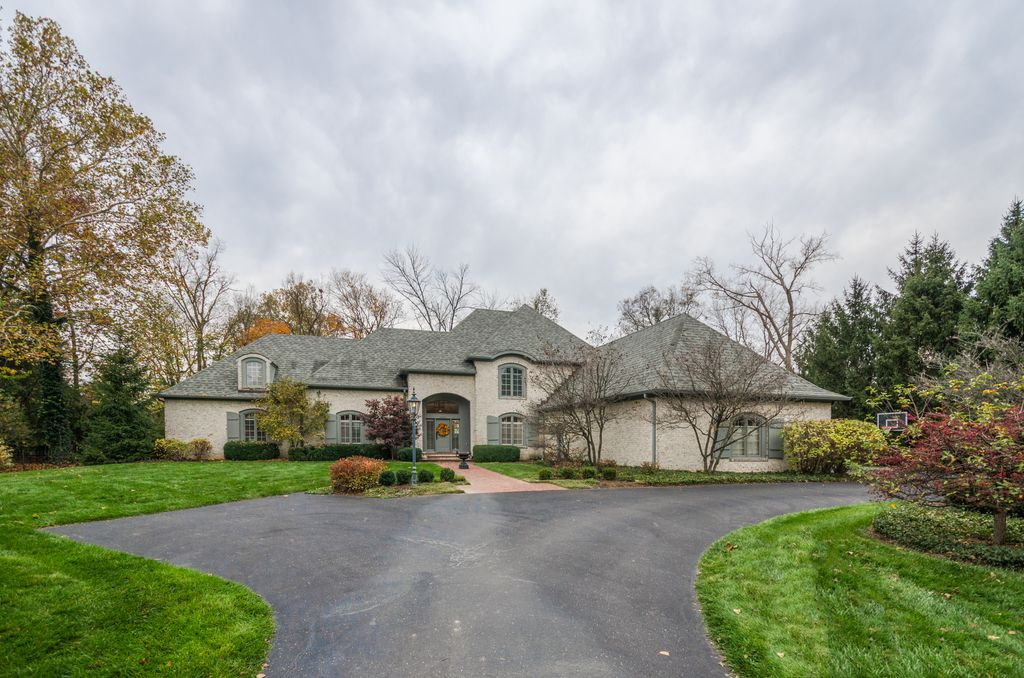 8072 Hollybrook Ct, Indianapolis, IN 46250 -  $1,069,900