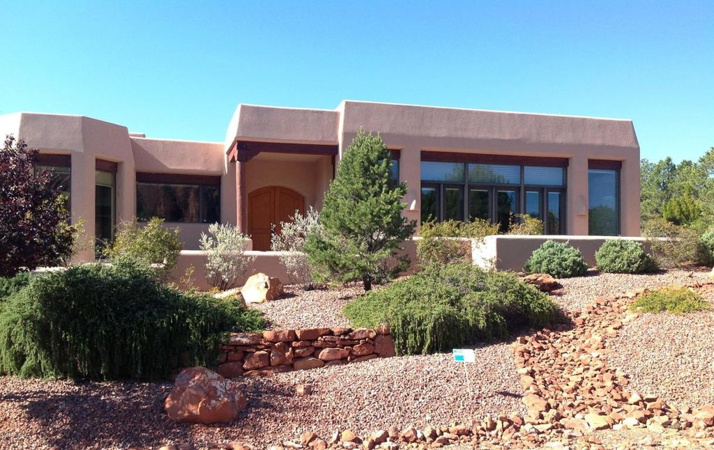811 W Chapel Rd, Sedona, AZ 86336 -  $1,088,888 home for sale, house images, photos and pics gallery